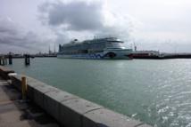 L'Aïda Prima à quai dans le port du Havre