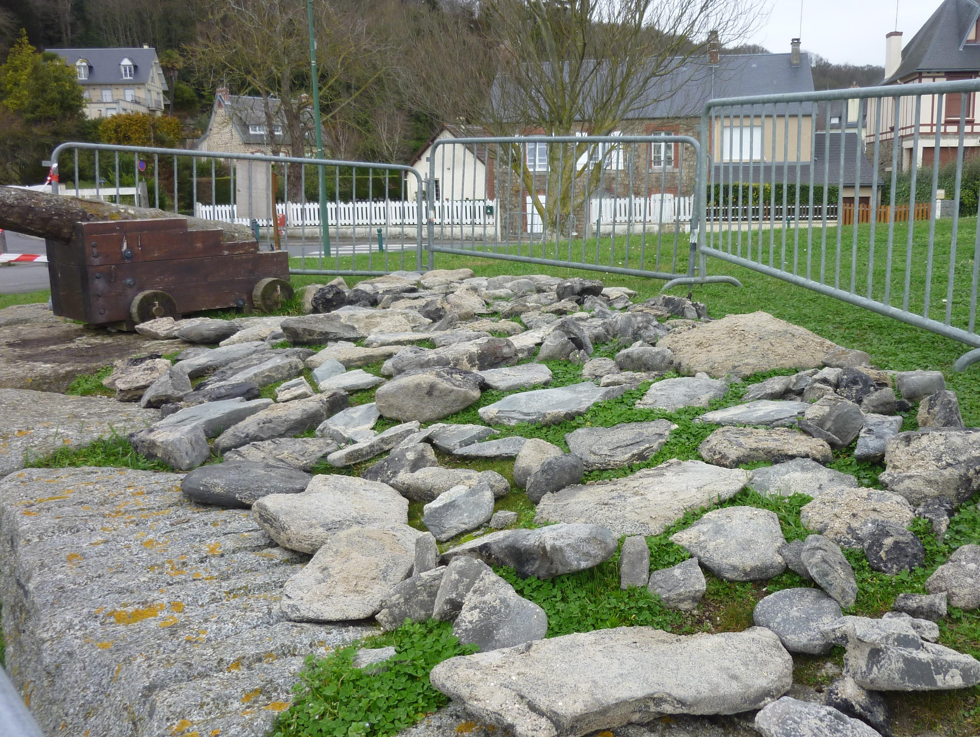 Les pierres en attente du remontage
