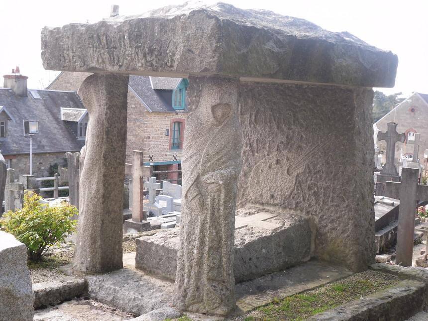 Le tombeau du peintre Lemarié des Landelles