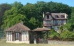 ERMITAGE DU ROC-DRET : pavillon 2/3 pers. ou 2pers. et 2 enfants; vue superbe sur le Mont Saint Michel et sa baie.