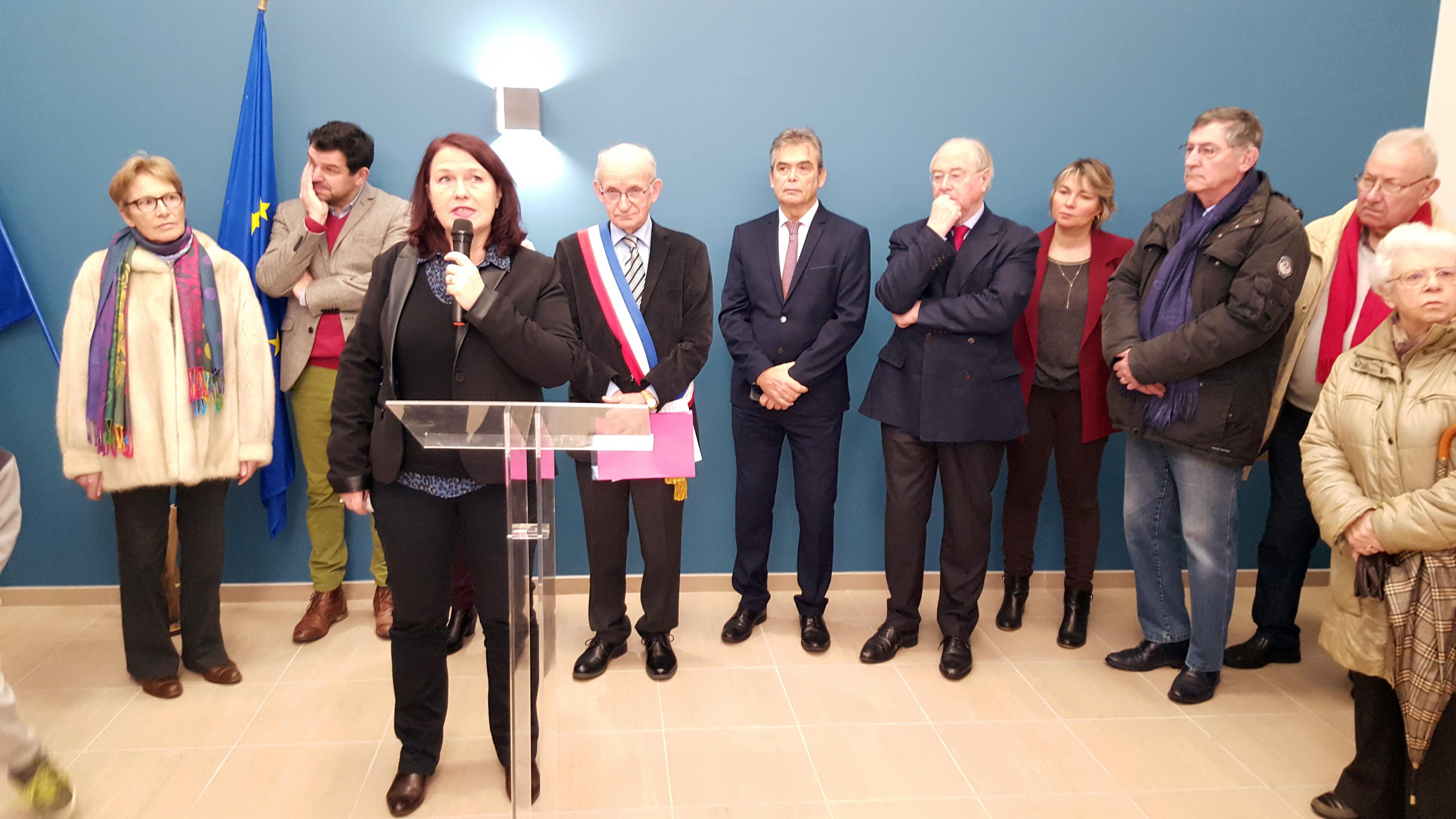 Mme Catherine BRUNAUD-RHYN (Vice-Présidente de la CAMSMN, Conseillère Départemental et Maire de Genêts)